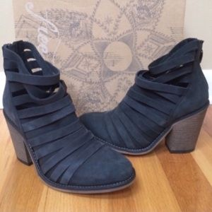 FREE PEOPLE Hybrid Heel Strappy Leather Ankle Boot